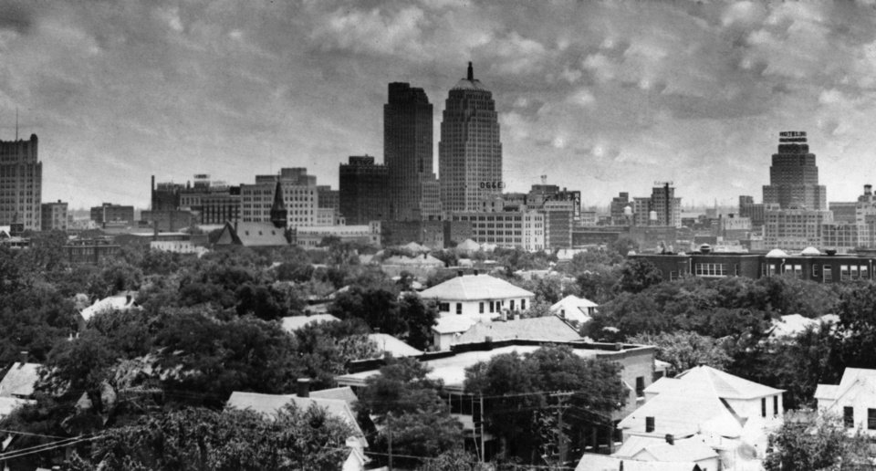 OKLAHOMA CITY / SKY LINE / OKLAHOMA:  No caption.  Photo undated and published on 05/15/1938 in The Daily Oklahoman and on 04/23/1939 in The Daily Oklahoman.