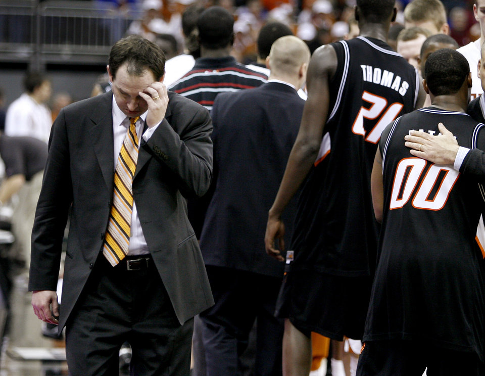 BIG 12 TOURNAMENT, COLLEGE BASKETBALL: OSU head coach Sean Sutton walks off the court after OSU's loss in the second round game of the Men's Big 12 Basketball Championship between the Oklahoma State University and Texas at The Sprint Center on Friday, March 14, 2008, in Kansas City, Mo.    BY BRYAN TERRY, THE OKLAHOMAN ORG XMIT: KOD