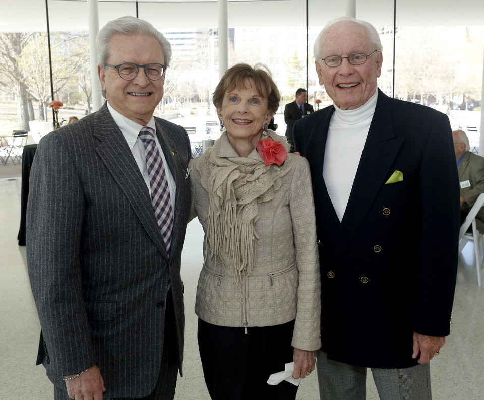 Photo - Jim Loftis, Beth Tolbert, Ken Bonds. PHOTO BY DOUG HOKE, THE OKLAHOMAN   DOUG HOKE - THE OKLAHOMAN