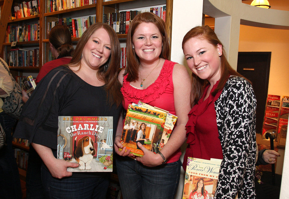 Kelsey Poe, Haley Hamel, Shelby King. PHOTO BY DAVID FAYTINGER, FOR THE OKLAHOMAN <strong></strong>