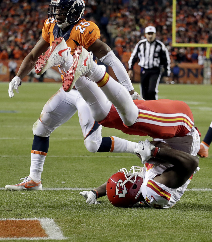 Chiefs Beat Broncos 30-27 In Overtime