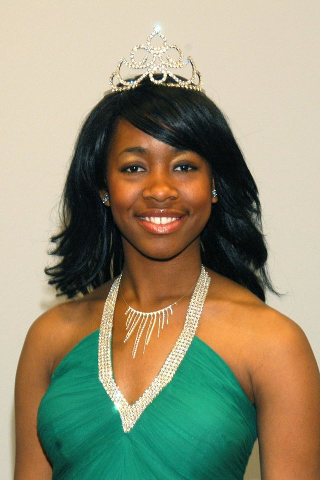 Miss Black Rose State College 2007, Jennifer Iwuchukwu.<br/><b>Community Photo By:</b> Steve Reeves<br/><b>Submitted By:</b> Donna, Choctaw