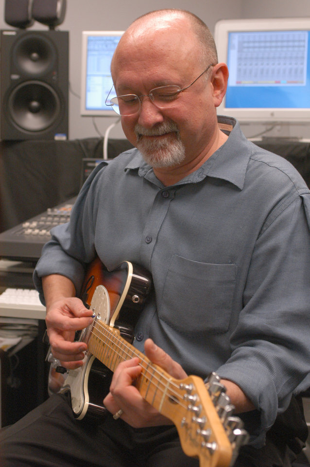 "Rose State College Music Professor Craig White is featured in OETA's ""Gallery"".<br/><b>Community Photo By:</b> Steve Reeves<br/><b>Submitted By:</b> natalie,"