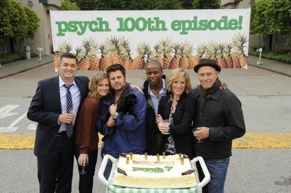 PSYCH -- Episode 7004 --Pictured: (l-r) Timothy Omundson, Maggie Lawson, James Roday, Dule Hill, Kirsten Nelson, Corbin Bernsen -- (Photo by: Alan Zenuk/USA Network)
