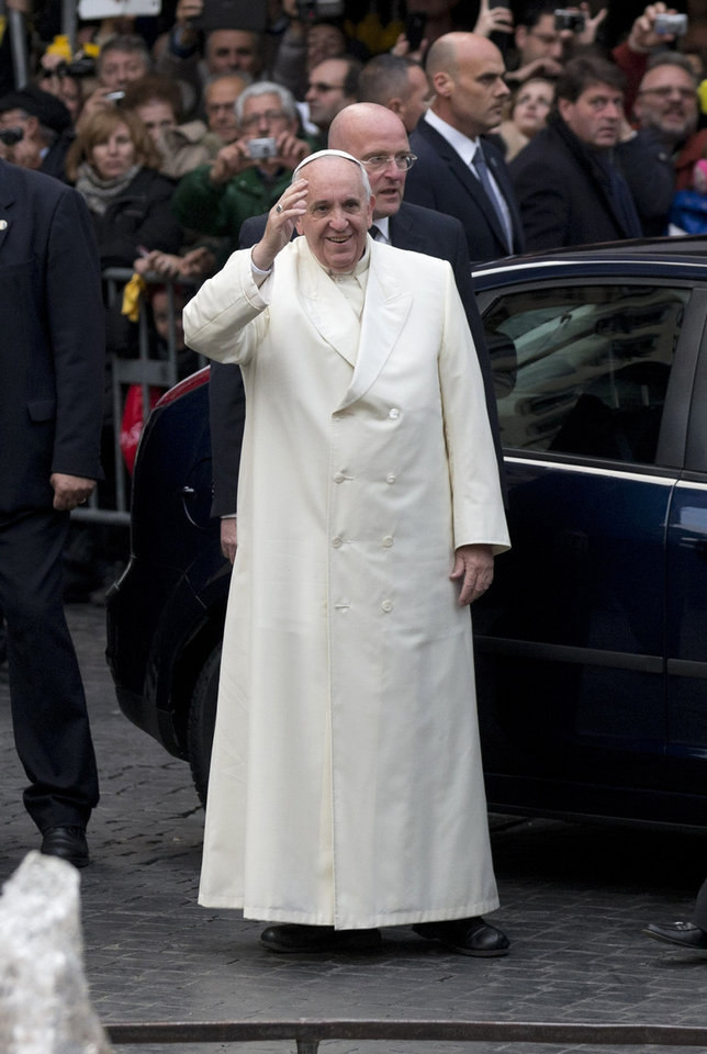 """FILE - This Dec. 8, 2013 file photo shows Pope Francis as he arrives at the Spanish Steps to pray at the statue of the Virgin Mary, in central Rome on the occasion of the Immaculate Conception feast. President Barack Obama will meet with Pope Francis at the Vatican as part of a European trip scheduled for March. The White House says Obama """"looks forward to discussing with Pope Francis their shared commitment to fighting poverty and growing inequality"""" during their March 27 meeting. (AP Photo/Alessandra Tarantino, File)"""