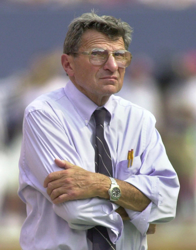 Photo - Penn State head college football coach Joe Paterno stands on the sideline during the team's opening game against Southern California at Giants Stadium in East Rutherford, N.J., Sunday, Aug. 27, 2000. Penn State lost to USC 29-5. (AP Photo/Daniel Hulshizer)
