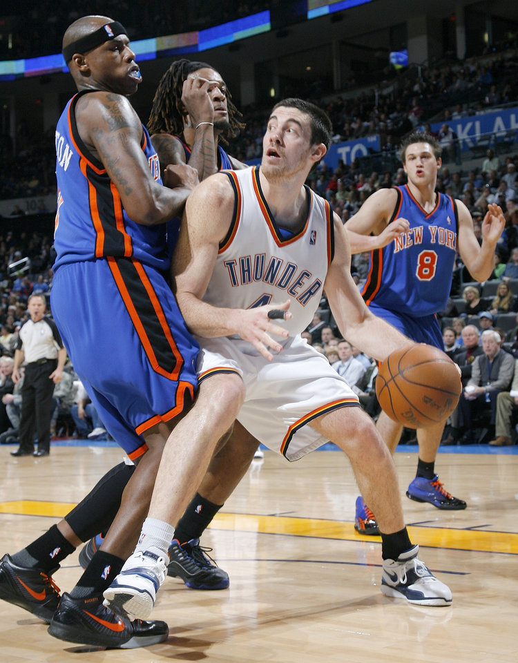 Photo - Nick Collison likes the current 9-2 run the Thunder is on.  Photo by Nate Billings, The Oklahoman