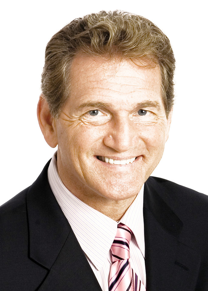 Photo - Joe Theismann Former  Redskins QB
