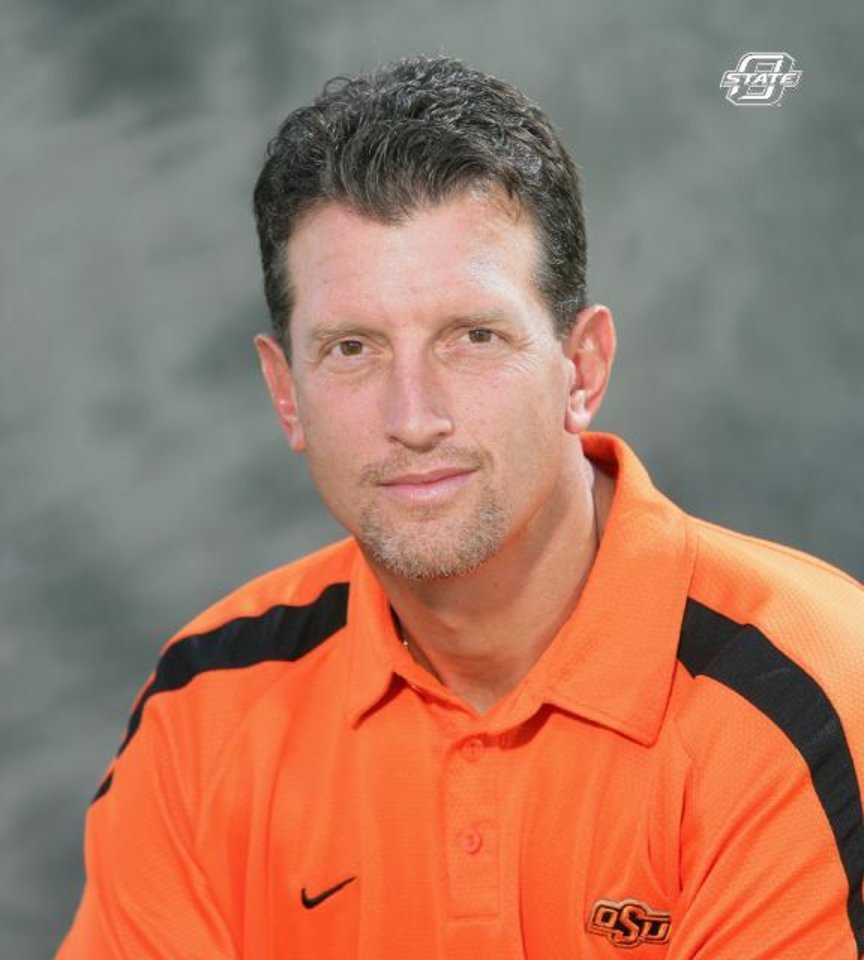 Photo - Doug Meacham, Oklahoma State University (OSU) tight ends college football coach ORG XMIT: 0712262210133715