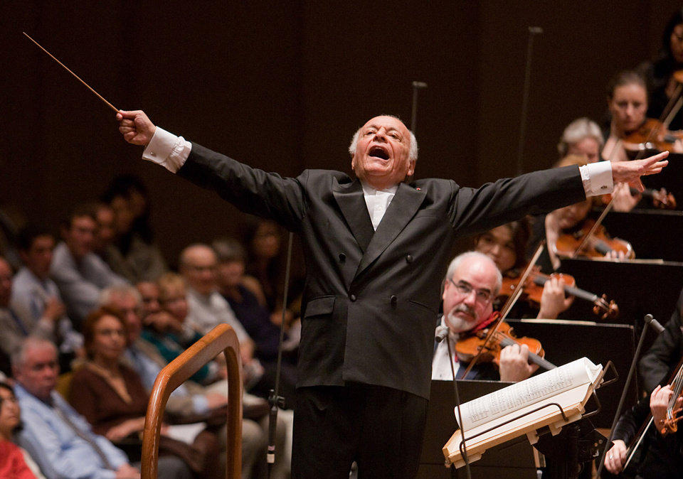 Photo - FILE - In this June 25, 2009 file photo released by the New York Philharmonic, Lorin Maazel conducts the orchestra at Avery Fisher Hall in New York. Maazel, whose prodigious career included seven years at the helm of the New York Philharmonic, died Sunday, July 13, 2014 from complications following pneumonia at his home in northern Virginia. He was 84. (AP Photo/New York Philharmonic, Chris Lee)