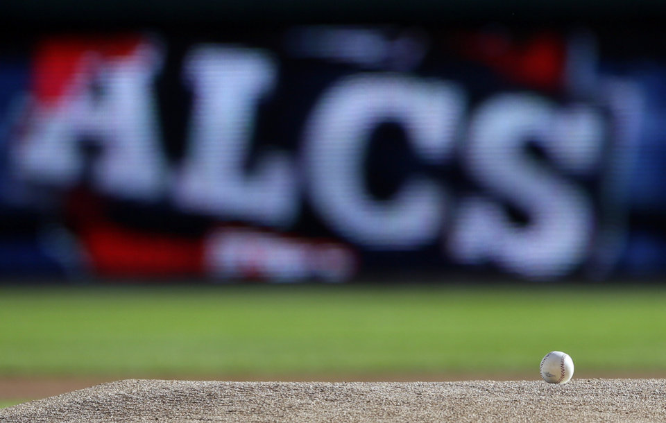 Photo -   A baseball sits on the pitching mound before Game 4 of the American League championship series between the Detroit Tigers and New York Yankees Thursday, Oct. 18, 2012, in Detroit. (AP Photo/Matt Slocum)