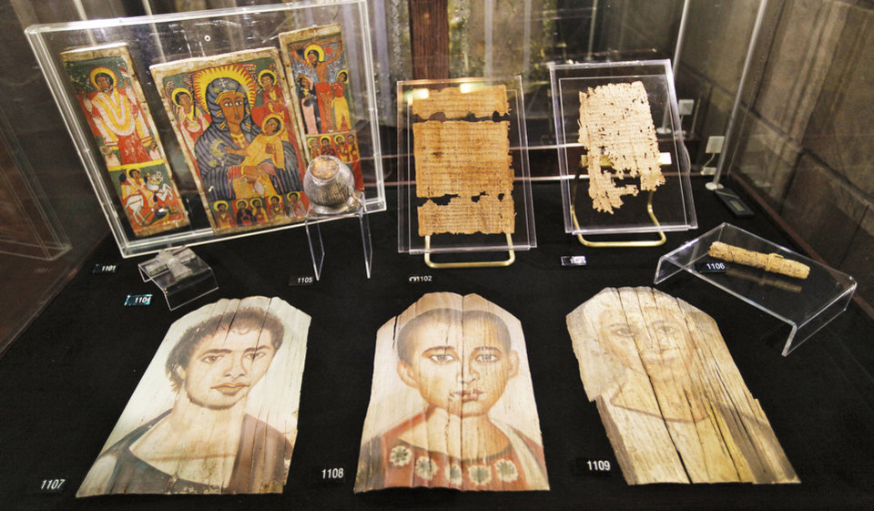 Photo - Items are seen as part of the Passages exhibit at the Oklahoma City Museum of Art in 2011.  Photo by Chris Landsberger, The Oklahoman Archives  CHRIS LANDSBERGER