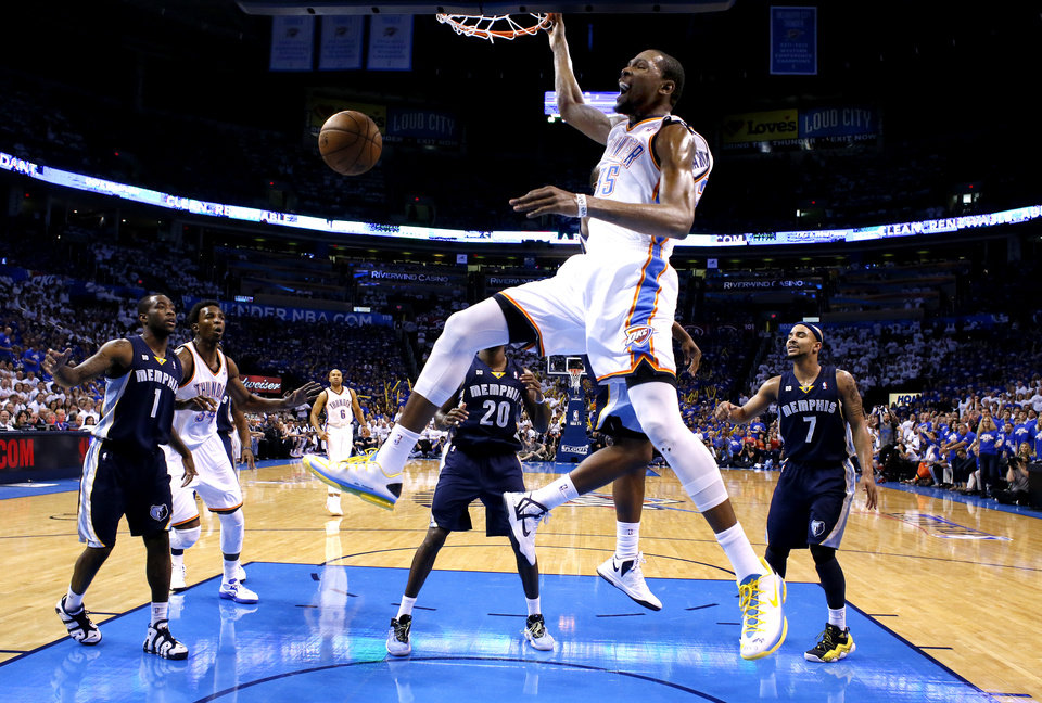 Oklahoma City's Kevin Durant (35) dunks in Game 2 in the second round of the NBA playoffs between the Oklahoma City Thunder and the Memphis Grizzlies at Chesapeake Energy Arena in Oklahoma City, Tuesday, May 7, 2013. Memphis won 99-93.Photo by Sarah Phipps, The Oklahoman