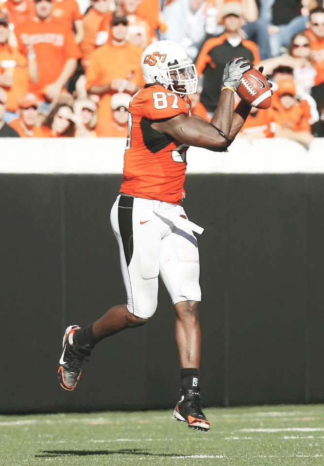 "Oklahoma State's Brandon Pettigrew continues to see his NFL Draft stock rise. He's currently at No. 4 on Mel Kiper's ""Big Board."" PHOTO BY SARAH PHIPPS, THE OKLAHOMAN"