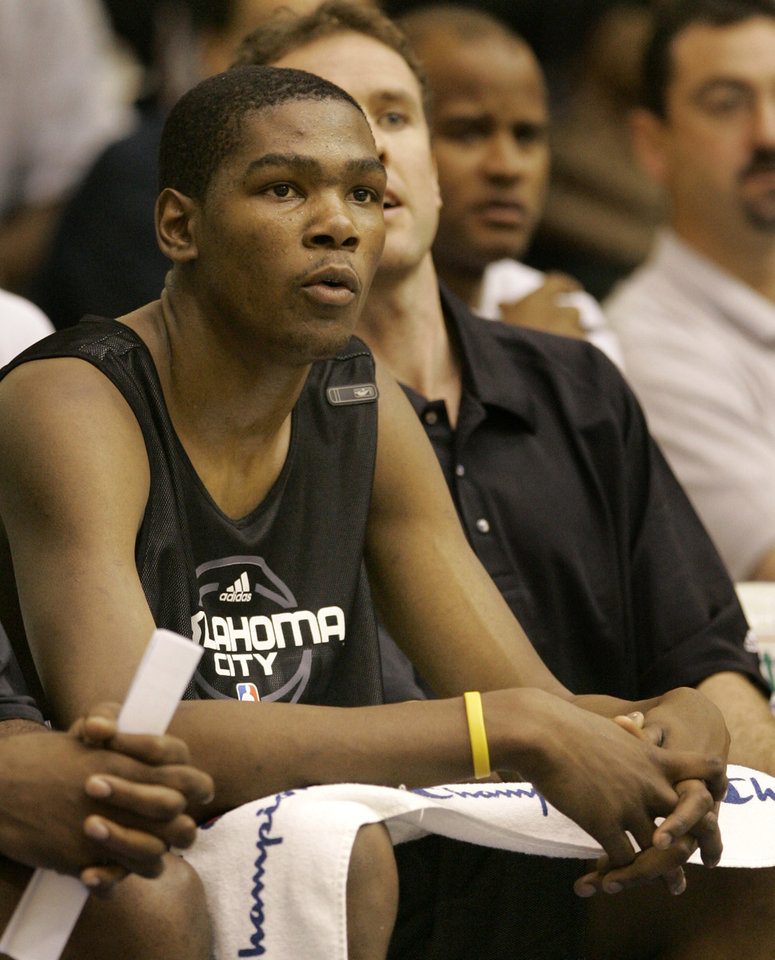 Photo - Oklahoma City NBA basketball team's Kevin Durant takes a break from play during an NBA summer league basketball game against the Orlando Magic in Orlando, Fla., Tuesday, July 8, 2008. (AP Photo/John Raoux) ORG XMIT: FLJR109