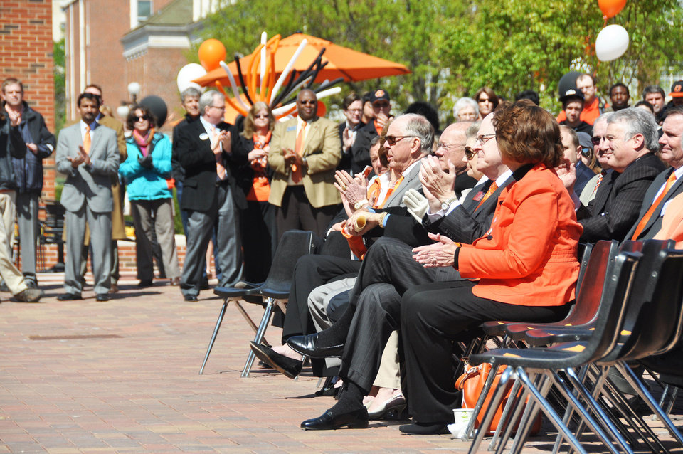 OKLAHOMA STATE UNIVERSITY: T. Boone Pickens claps while listening to OSU President Burns Hargis give an announcement about the Branding Success campaign on Wednesday, April 24, 2013. SAMANTHA VICENT/For the Tulsa World ORG XMIT: DTI1304241258045691