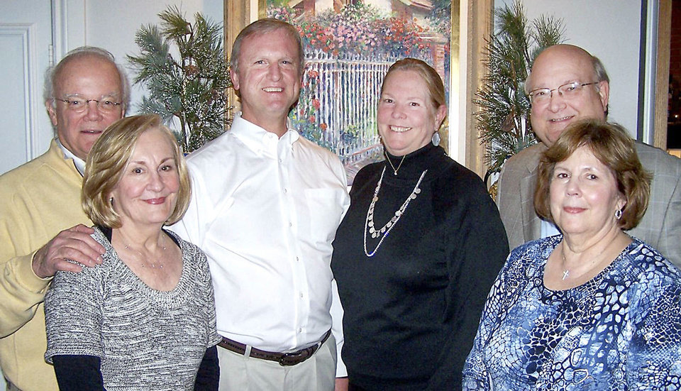Photo - Bill and Linda Warren, Margaret and Art Hoge,  Kraettli and Kay Epperson. Photo provided