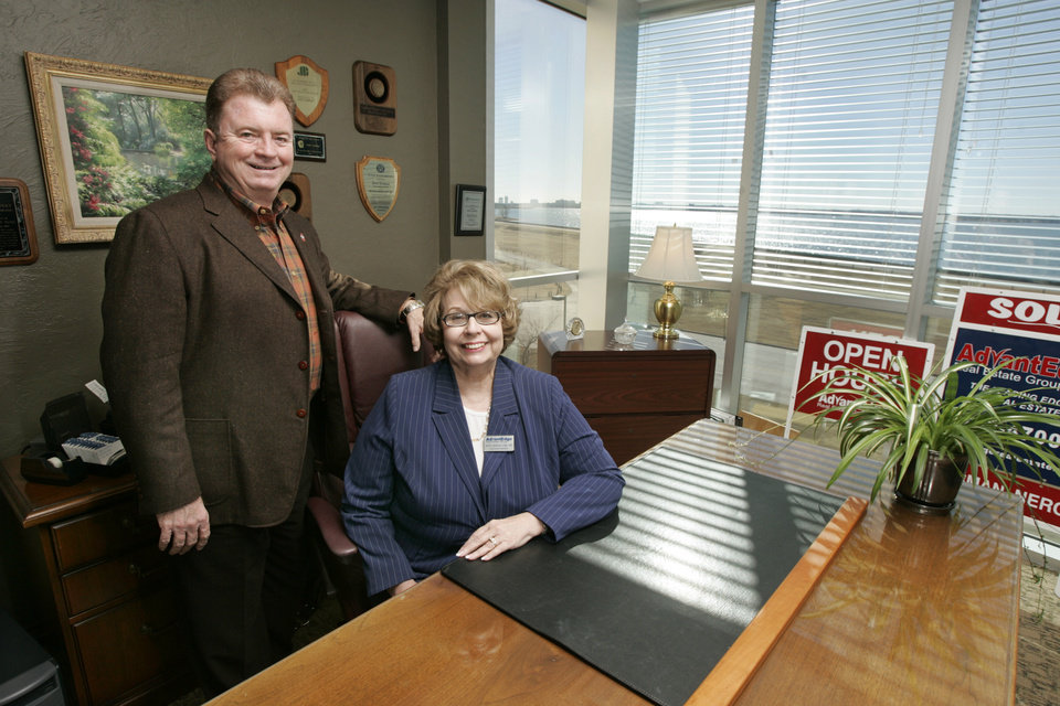 Judy Lindsay and Mike Cassidy pose for a photo in their office in northwest Oklahoma City, Okla. Jan. 14, 2008. BY STEVE GOOCH, THE OKLAHOMAN