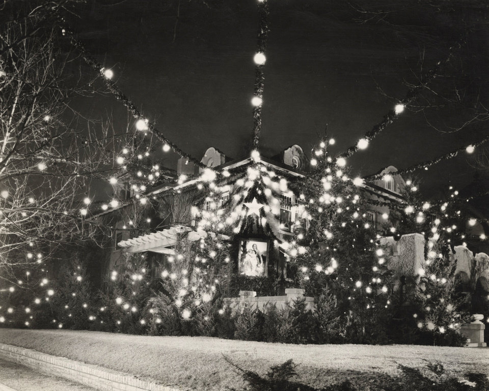 Photo - EARLY OKLAHOMA CITY CHRISTMAS