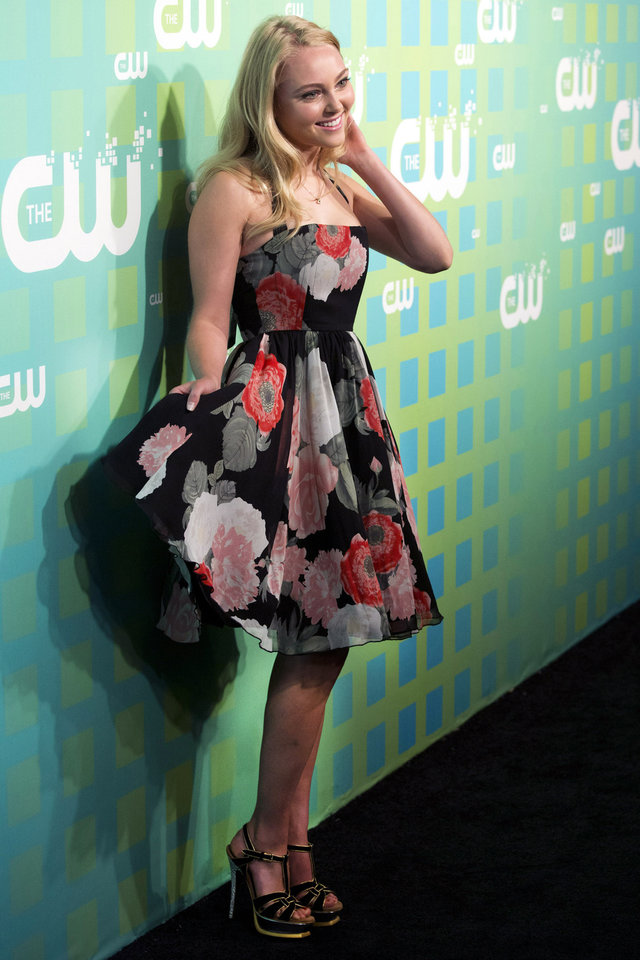 Photo -   AnnaSophia Robb attends The CW Television Network's Upfront 2012 in New York, Thursday, May 17, 2012. (AP Photo/Charles Sykes)
