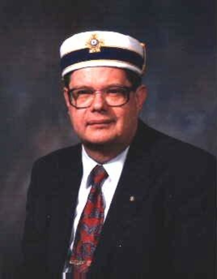 Photo - Jim Tresner, longtime Mason who serves as the Oklahoma Grand Lodge's publication's editor      ORG XMIT: 0909111211011809