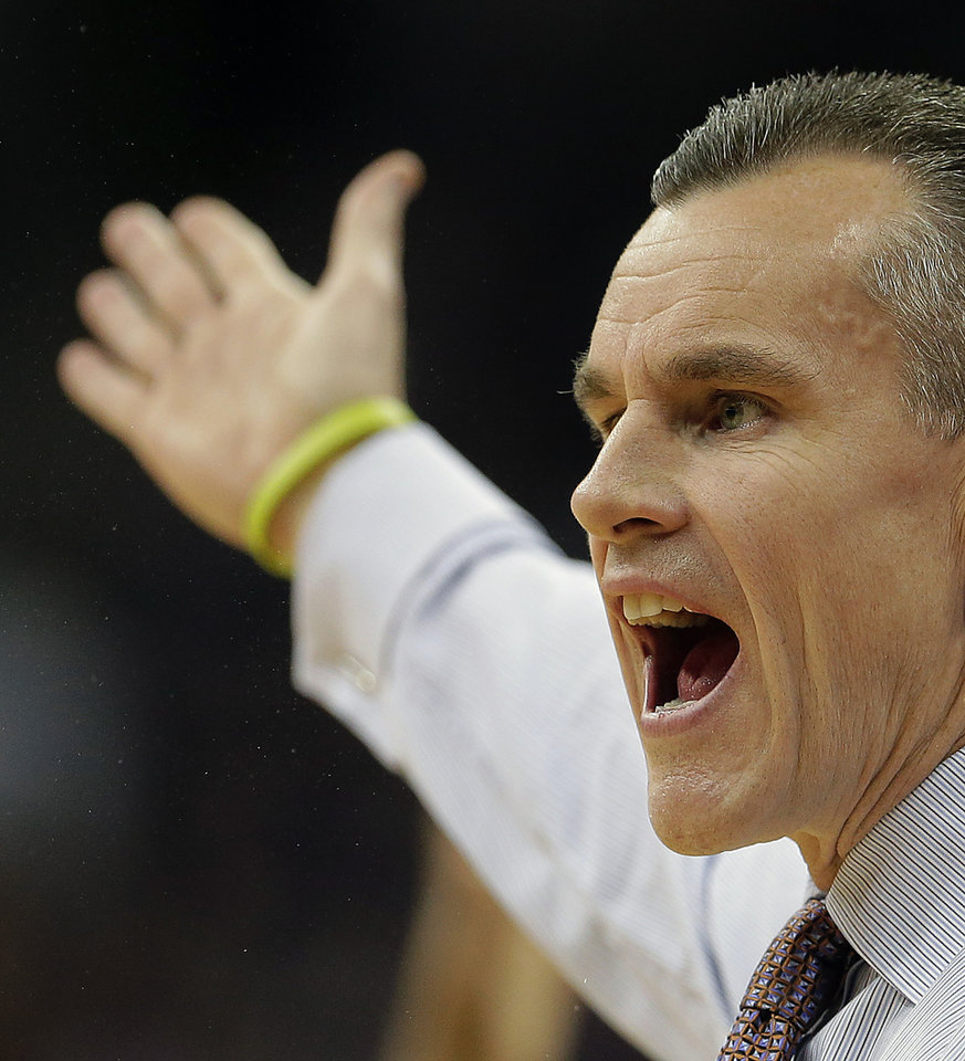 Florida coach Billy Donovan argues a call during the first half of an NCAA college basketball game against Kansas State, Saturday, Dec. 22, 2012, at the Sprint Center in Kansas City, Mo. (AP Photo/Charlie Riedel)
