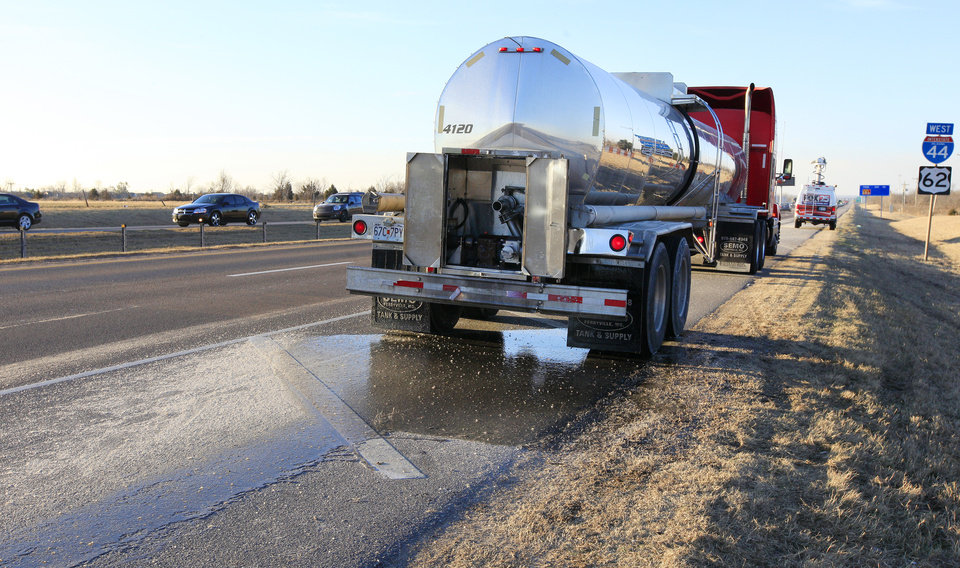 A tanker truck is parked Wednesday along southbound Interstate 44 just south of SW 89 in Oklahoma City. The tanker started leaking its load of syrup on I-44 in northwest Oklahoma City. Photo by Paul B. Southerland, The Oklahoman  <strong>PAUL B. SOUTHERLAND -   </strong>