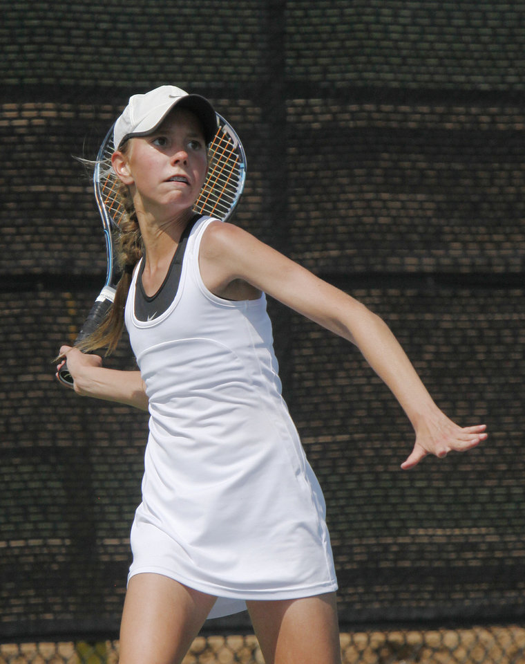 Photo - Edmond North's Jaci Smith plays in the finals of the Girl's State Tournament at the Oklahoma Tennis Center in Oklahoma City, OK, Saturday, May 5, 2012,  By Paul Hellstern, The Oklahoman