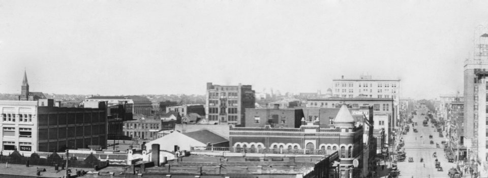 "OKLAHOMA CITY / SKY LINE / OKLAHOMA:  ""1912""  Photo undated and unpublished."
