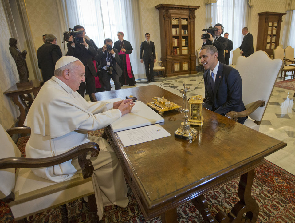 Photo - U.S. President Barack Obama meets with Pope Francis, Thursday, March 27, 2014 at the Vatican. (AP Photo/Pablo Martinez Monsivais)