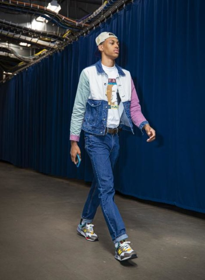 Photo -  Thunder rookie Darius Bazley walks into the BOK Center before a preseason game against the Mavericks on Oct. 8. [Photo courtesy of Zach Beeker/OKC Thunder]