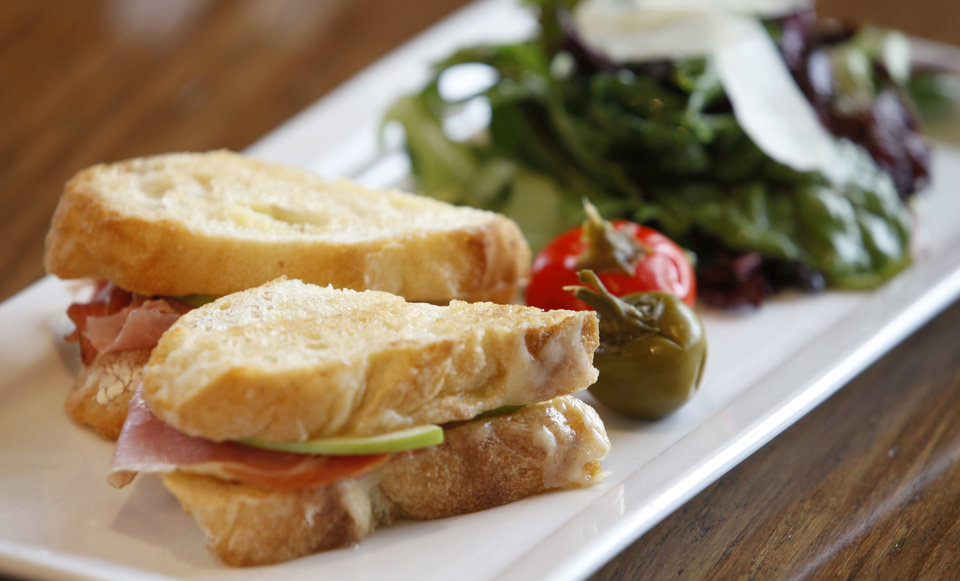 A grilled cheese sandwich at Stella Modern Italian Restaruant in Oklahoma City. <strong>BRYAN TERRY - THE OKLAHOMAN</strong>