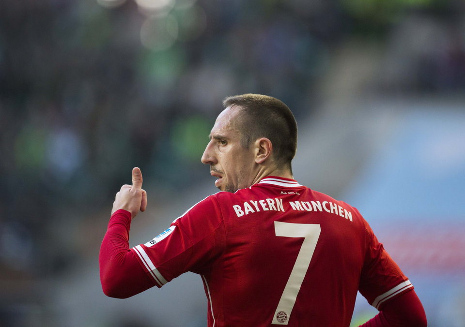 Photo - Bayern's Franck Ribery of France gestures during the German Bundesliga soccer match between VfL Wolfsburg and Bayern Munich in Wolfsburg, Germany, Saturday, March 8, 2014. (AP Photo/Gero Breloer)
