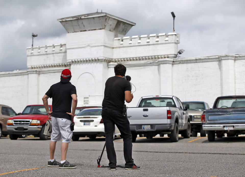 Photo - A documentary crew films the Oklahoma State Penitentiary on before the scheduled execution of Richard Eugene Glossip in McAlester, Okla., Wednesday, Sept. 16, 2015. Glossip received a stay of execution for two weeks. Photo by Nate Billings, The Oklahoman