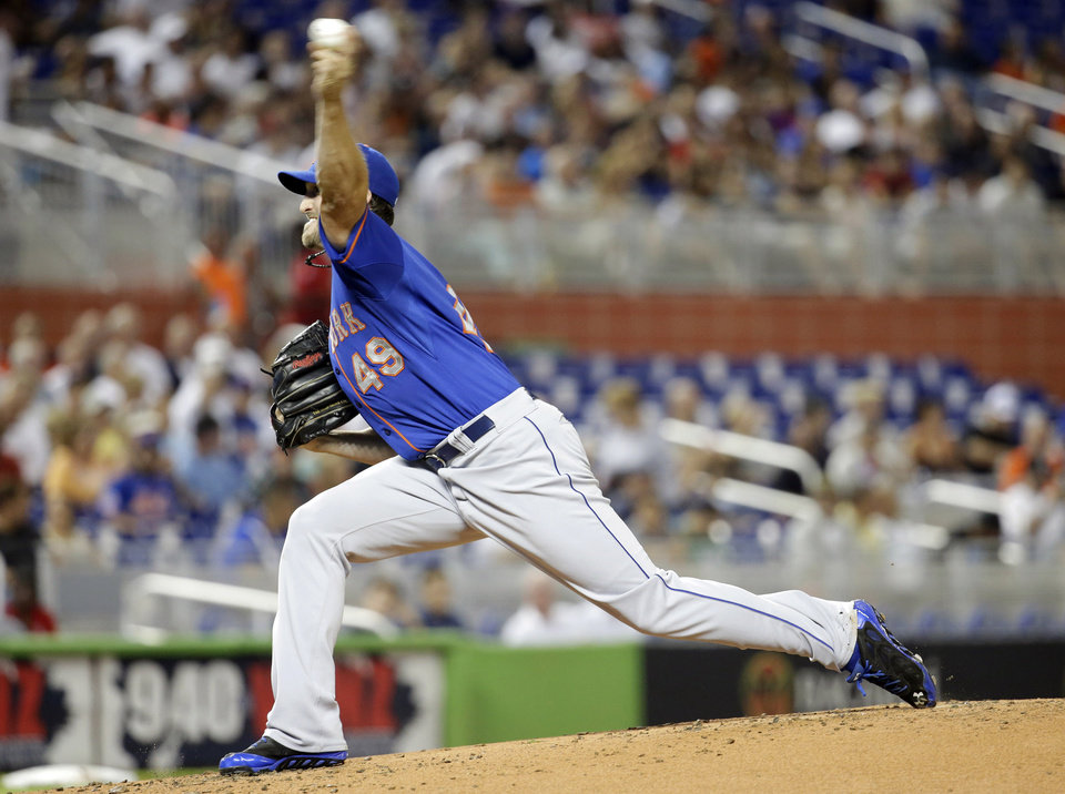 Photo - New York Mets starting pitcher Jonathon Niese throws in the first inning during a baseball game against the Miami Marlins, Tuesday, Sept. 2, 2014, in Miami. (AP Photo/Lynne Sladky)