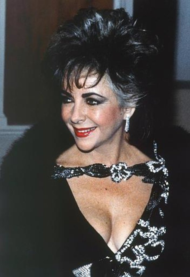 Actress Elizabeth Taylor is seen during the 42nd annual Golden Globe Awards in Beverly Hills, Jan. 26, 1985.  (AP Photo)
