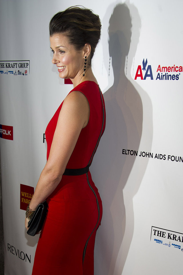 Photo -   Bridget Moynihan attends Elton John's AIDS Foundation's 11th annual Enduring Vision benefit on Monday, Oct. 15, 2012 in New York. (Photo by Charles Sykes/Invision/AP)