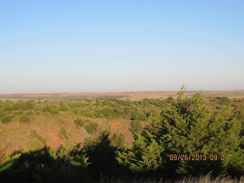 Red Bluffs on South Canadian River at Thomas, Oklahoma. Photo by Kevan B. Copelin