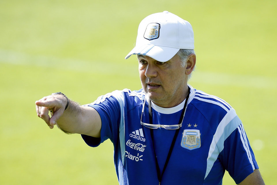 Photo - Argentina's head coach Alejandro Sabella gestures during a training session in Vespesiano, near Belo Horizonte, Brazil, Sunday, June 22, 2014.  Argentina plays in group F of the 2014 soccer World Cup. (AP Photo/Victor R. Caivano)
