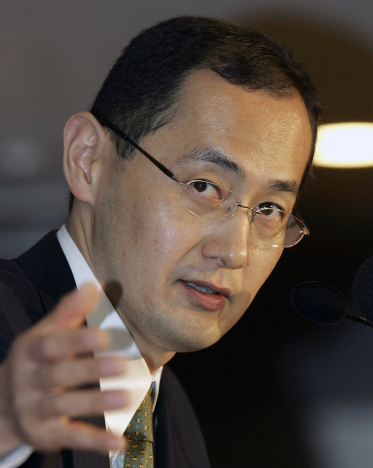 FILE - In this Jan. 9, 2008 file photo, Shinya Yamanaka, a Kyoto University scientist, answers questions during a press conference in Tokyo. Yamanaka and British researcher John Gurdon have won the 2102 Nobel Prize in medicine or physiology. The prize committee at Stockholm\'s Karolinska Institute said Monday, Oct. 8, 2012 that the two researchers won the award