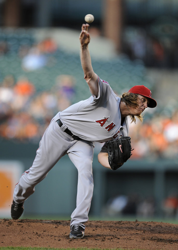 Photo -   Los Angeles Angels starting pitcher Jered Weaver delivers against the Baltimore Orioles during the second inning of a baseball game on Wednesday, June 27, 2012, in Baltimore. (AP Photo/Nick Wass)