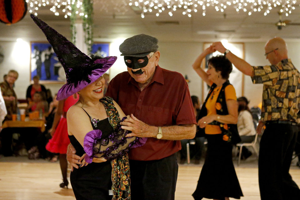 Bob Lewis dance with Margo Kerby Friday, Oct. 19, 2012, during an Oklahoma City Swing Club event. Photo by Bryan Terry, The Oklahoman <strong>BRYAN TERRY - THE OKLAHOMAN</strong>