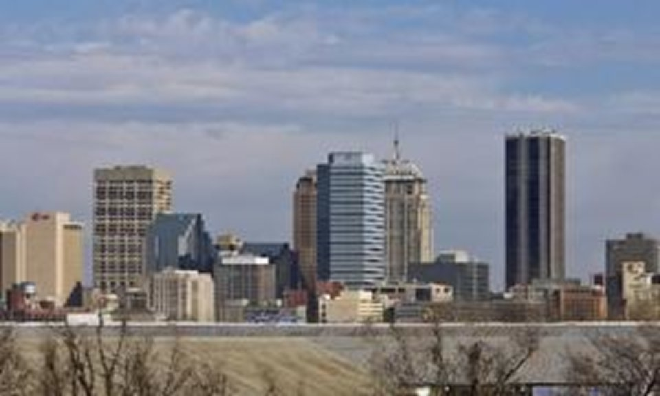 Photo - Oklahoma  City  skyline on Thursday, Jan. 22, 2009, in  Oklahoma  City, Okla. PHOTO BY CHRIS LANDSBERGER