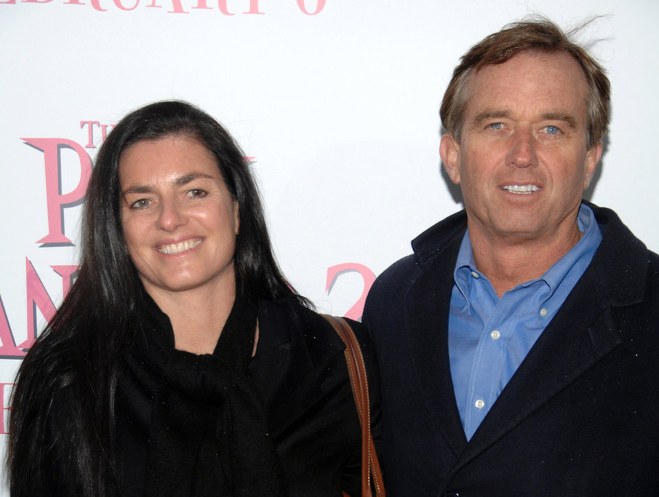 Photo -   FILE - In this Feb. 3, 2009 file photo, Robert F. Kennedy Jr., right, and wife Mary Richardson Kennedy arrive at the premiere of