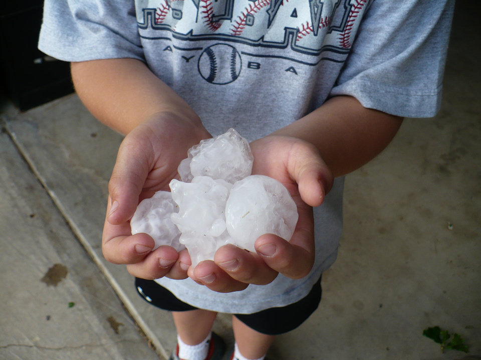 hail<br/><b>Community Photo By:</b> Rachael<br/><b>Submitted By:</b> Rach, Midwest City