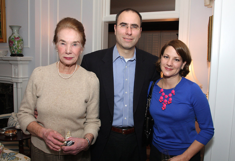 Jerriann, Brooks, and Katie Altshuler enjoyed the event. (Photo by David Faytinger).