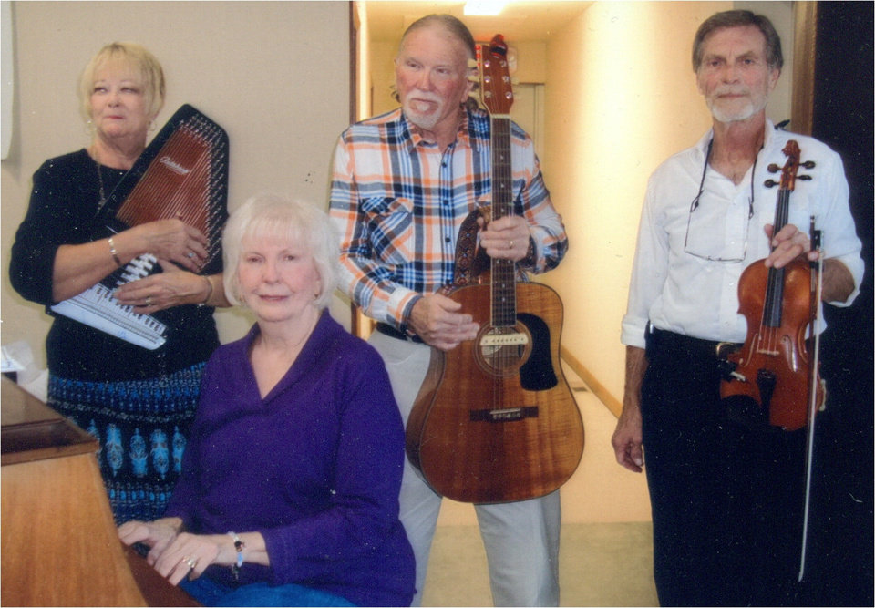 The Silver Strings Band <strong></strong>