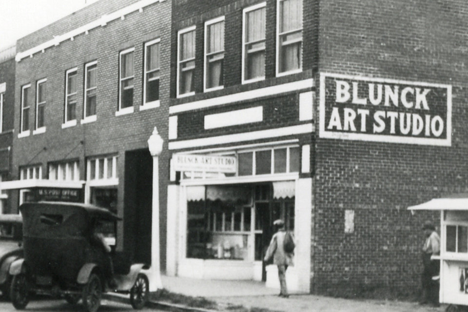 Photo - BLUNCK ART STUDIO:This early day photo shows the Blunck's Photography store in Clinton.