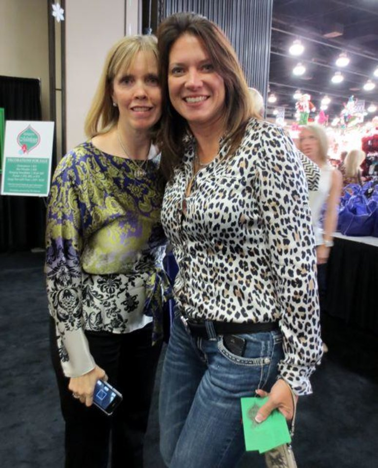 Cristi Reiger and Jill Greene were at the event. (Photo by Helen Ford Wallace).