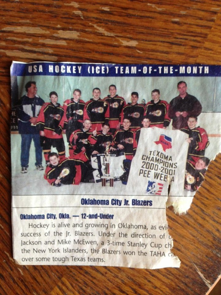 Photo - Sam Bradford, back center, with his pee wee hockey team. PHOTO PROVIDED